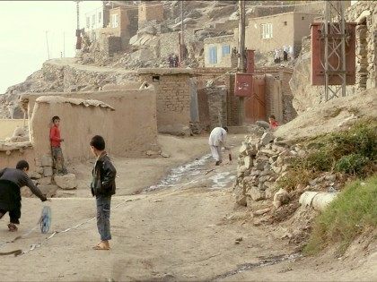 Francis Alÿs. REEL UNREEL, Afganistán