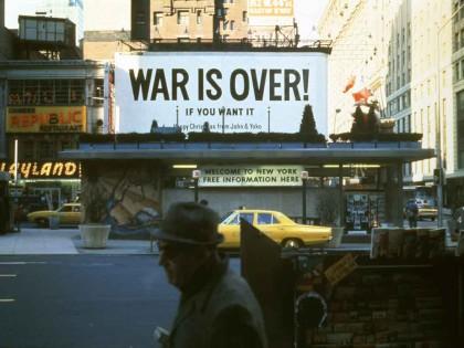 Yoko Ono - War is Over 1969
