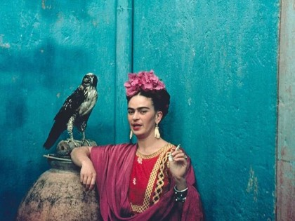 Nickolas Muray: Frida con su halcón, 1939.