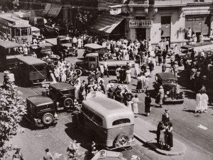 Horacio Coppola. Rivadavia esquina Rivera Indarte, 1936.
