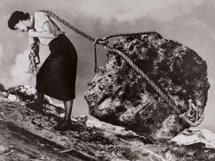Grete Stern. Sin título. Los sueños de cansancio, 1950.